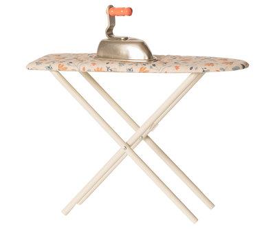 Strijkijzer & strijkplank - Maileg